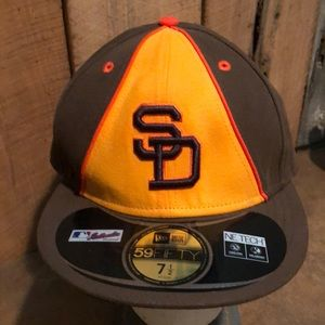 NWT New Era Men's San Diego Padres Hat